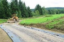 Cyklostezka z Velkého Boru do Mechova by měla být hotova do dvou měsíců.