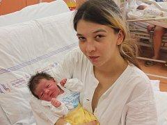 Sofie Cinová z Chudenína (2900 gramů, 48 cm) se narodila v klatovské porodnici 21. ledna ve 23.14 hodin. Rodiče Miroslava a Jiří věděli dopředu, že Justyn (5), Julius (4) a Mirka (2) budou mít sestřičku.