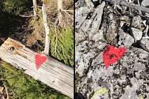 Vedení bavorského parku trápí nelegální kříže (tento byl umístěn na skalní stěnu na Farrenbergu) i nepovolená značení cest.