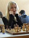 Šachisté Šachklubu Sokol Klatovy vyhráli mládežnickou extraligu. Na fotografii je Jitka Jánská.