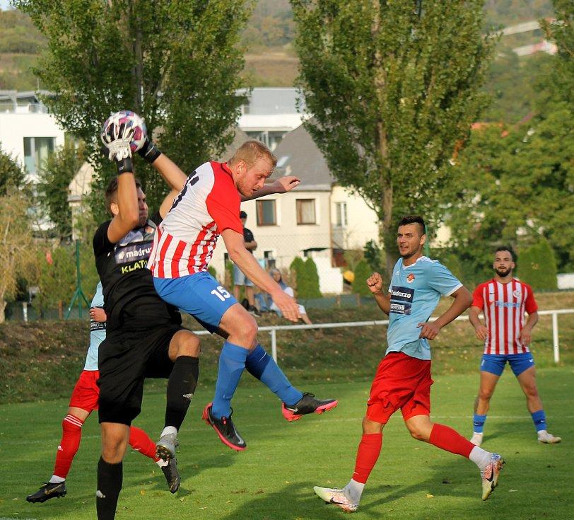 Snímky ze zápasů okresních fotbalových týmů.