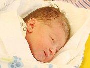 Nikol Burešová z Klatov    (2900 g, 46 cm) se narodila v klatovské porodnici 22. března v 17.16 hodin. Rodiče Lucie a Jan přivítali prvorozenou dceru na svět společně.