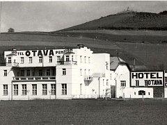 Nálezy při demolici hotelu Otava v Sušici.