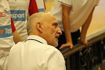 Trenér českých juniorek Ken Scalabroni mohl být s výkonem svých svěřenkyň tentokrát velmi spokojený.