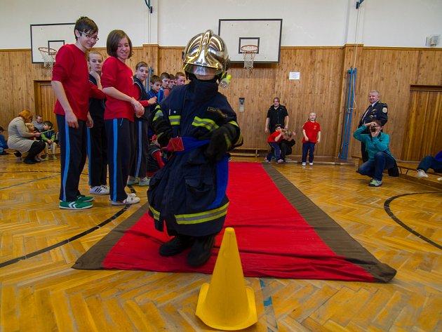 Zimní setkání mladých hasičů okresu Klatovy.