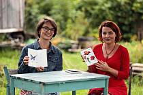 Autorky sbírky Jana Smolová Marcinková (vlevo) a Jaroslava Papežová.