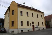 Dům s pečovatelskou službou v Červeném Poříčí.