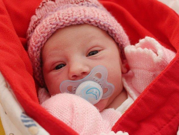 Zuzana Vlasáková z Chudenic (3440 g, 50 cm) přišla na svět v klatovské porodnici  25. května v 8.18 hodin. Svoji dceru přivítali na svět rodiče Aneta a Oldřich společně. Na sestřičku doma čekají Ondřej (6) a Jakub (4).