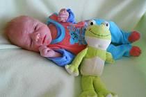 Jakub B. se narodil v Domažlické nemocnici 4. června 2021, vážil 3120 gramů a měřil 50 centimetrů.