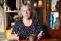 S těmito slovy mě uvítala usměvavá patronka Šumavy Marie Bubeníková. Jejím životem je psaní knih, dobročinná práce, turistika, rallye a fotografování její milované šumavské krajiny.