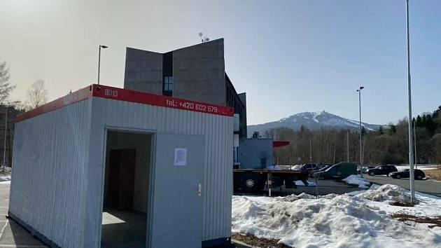 Testovací centrum v Alžbětíně.