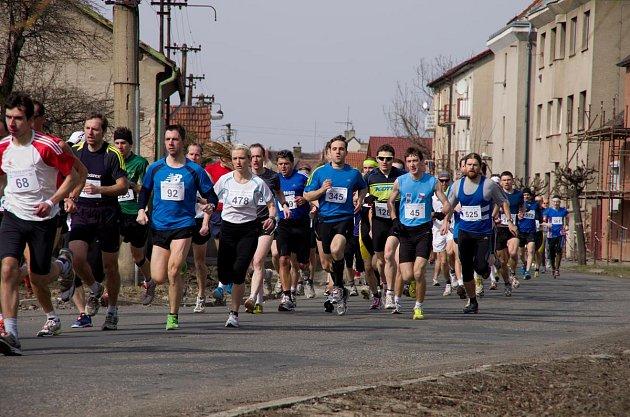 Loňského závodu se zúčastnilo 569 běžců. Letos by měl být rekord překonán.
