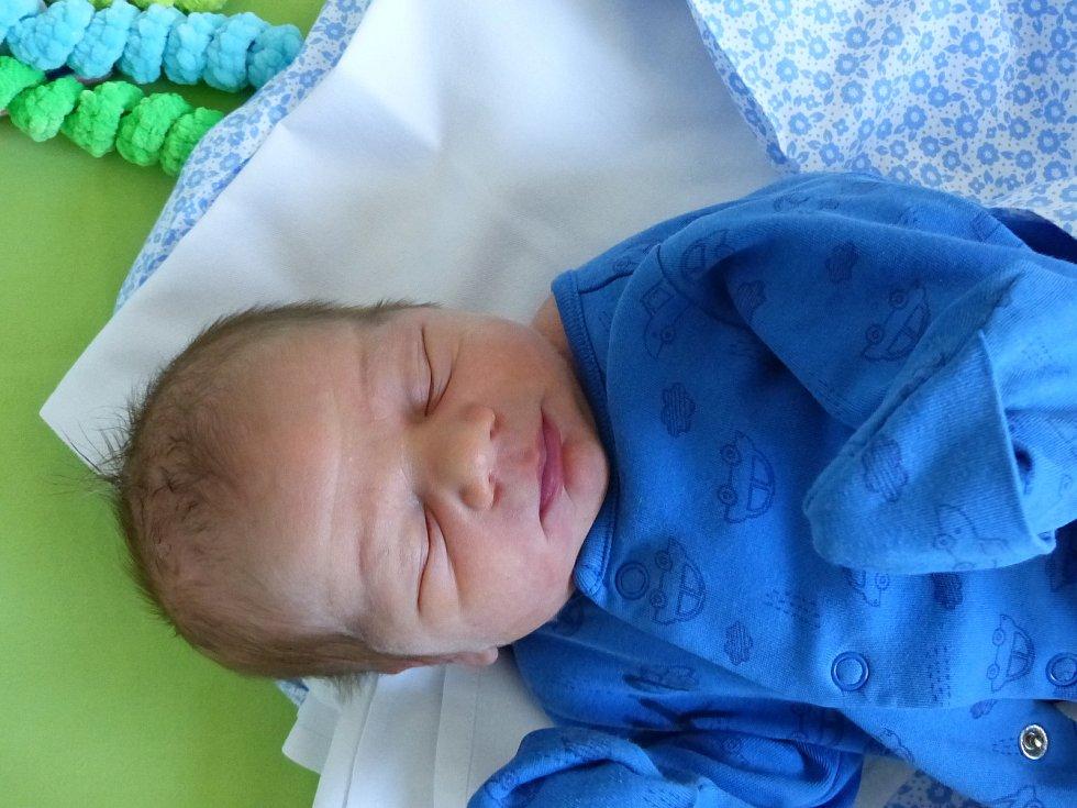Matěj Čechák  se narodil 1. září 2020 v kolínské porodnici, vážil 3440 g a měřil 50 cm. V Českém Brodě se z něj těší maminka Aneta a tatínek Ondřej.
