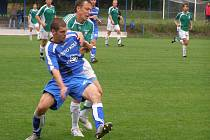 Z fotbalového utkání Ondrášovka cupu FK Kolín - Loko Vltavín (0:0, na pen. 3:2)