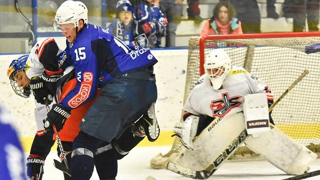 To byly nervy. Hokejisté Kolína porazili v dalším kole druhé ligy na svém ledě DS České Budějovice 4:3.