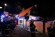 Požár rodinného domu v Kouřimi.