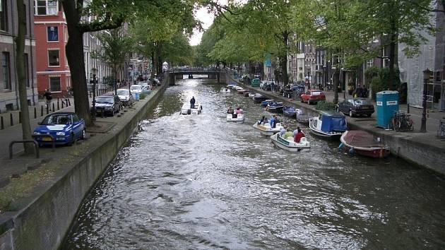 Z výměnného studentského pobytu kolínských gymnazistů v Nizozemsku.