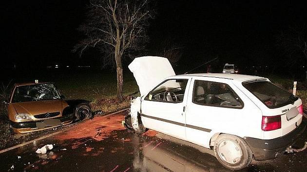 Střet dvou automobilů z Kolína na Starý Kolín