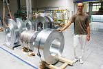 Ocelové svitky na výrobu kabelových nosných systémů