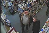 Zloději se nechali natočit na kameru