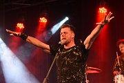 Honza Křížek premiérově představil své nové album, staré hity nechyběly.