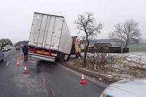 Těžká dopravní nehoda na Vyžlovce