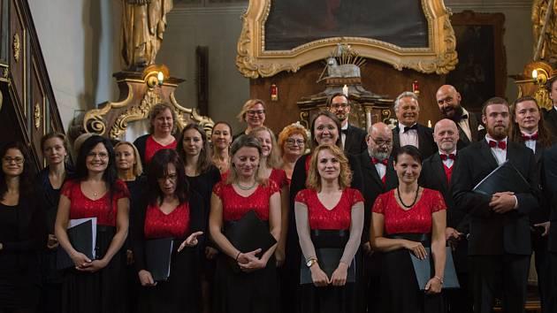 Jakub Hrubý má se sborem Cantores cantant v plánu již 15 koncertů na rok 2019.