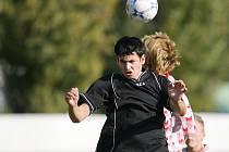 Z utkání dorostu Čelákovice - Velim (2:1 a 3:1).