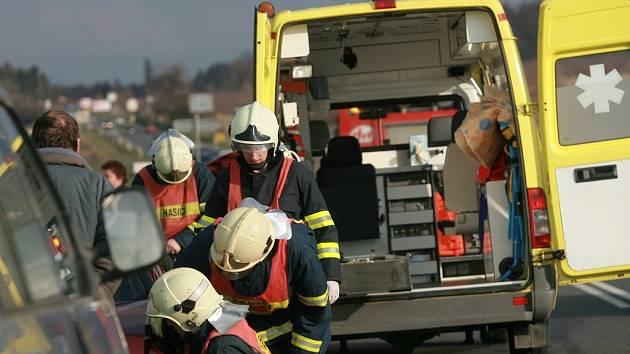 Hromadná dopravní nehoda na silničním tahu Kolín - Čáslav