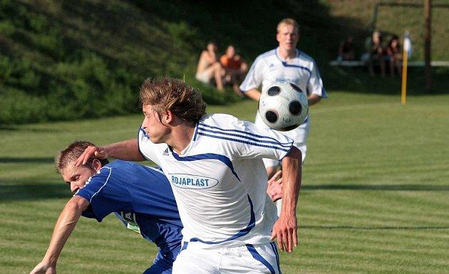 Z fotbalového utkání krajského přeboru Polepy - Nové Strašecí (5:1)