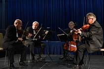 Z koncertu Stamicova kvarteta v Městském společenském domě v Kolíně v rámci Kruhu přátel hudby.