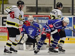 Kolínští hokejisté vyhráli i třetí utkání v osmifinálové sérii nad Moravskýimi Budějovicemi. Tentokrát 4:3.