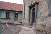 Bývalá fara v Plaňanech