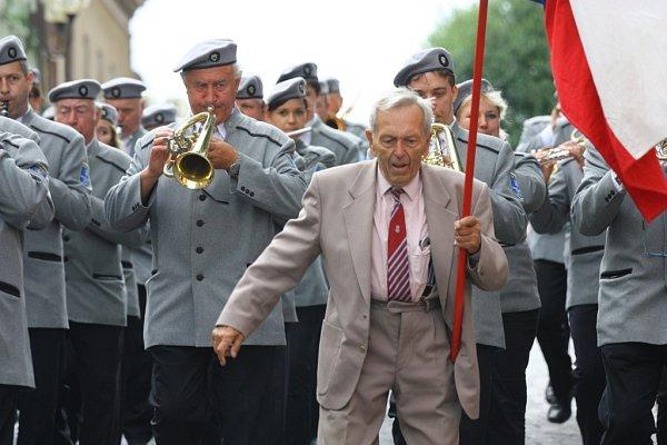 Kmochův Kolín 2014 - průvod