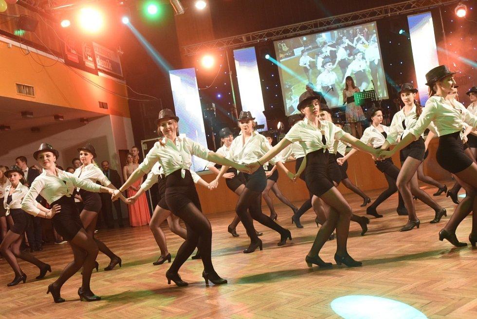 Maturitní ples kolínské stavebky
