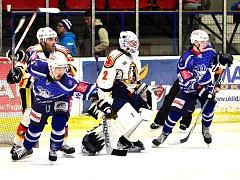 Hokejisté Kolína prohráli ve třetím utkání s Jabloncem 1:2.