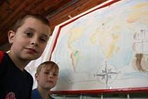 Třetí běh dětského tábora v Hryzelích.