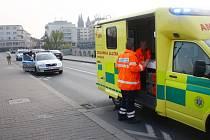 Muž se zřítil ze Starého mostu v Kolíně
