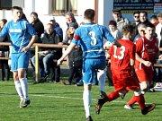 Z utkání Sokoleč - Velim (0:2).