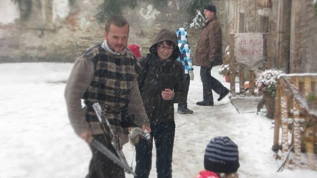 Poslední akci s názvem Keltové na tvrzi zasypal příval sněhu. Jestlipak počasí připraví zimní atmosféru i na vánoční setkání?