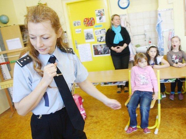 Děti vyslechly policejní přednášku