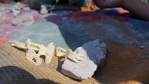 Další týden Školky v lese, Prostor plus se nesl ve znamení archeologie a paleontologie.
