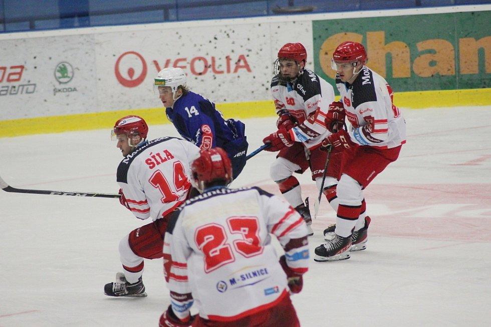 Z přípravného hokejového utkání Kolín - Hradec Králové