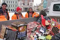 Novoroční úklid po silvestrovské noci na Karlově náměstí v Kolíně