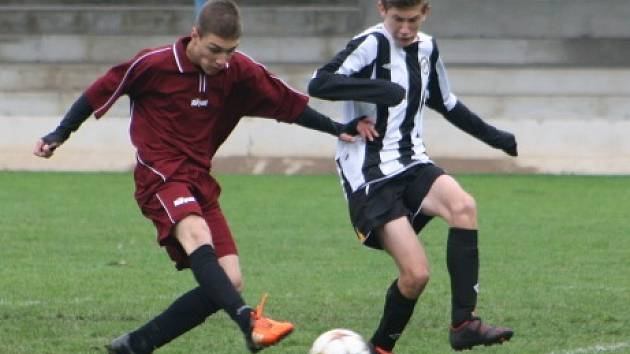 Z utkání mladšího dorostu FK Kolín - Mělník (4:0).