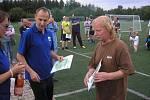 Memoriálu Jana Urbana se na hřišti v Kostelci nad Černými lesy zúčastnilo 15 týmů.