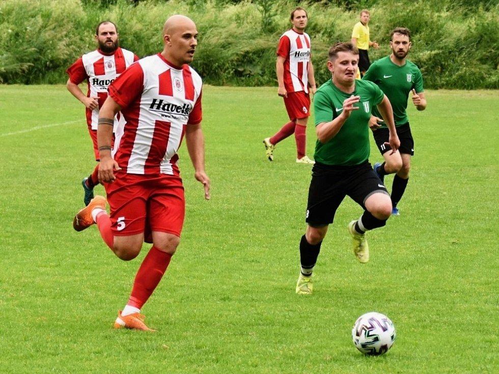 Z utkání Radimské ligy Křinec - Rožďalovice (2:3 pp).