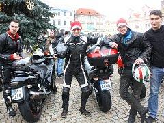 Vánoční vyjížďka kolínských motorkářů, kterou organizuje Kolínská verbež.