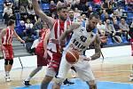 Z utkání BC Kolín - Pardubice (84:105).