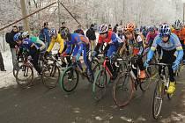 Z mistrovství ČR cyklokrosových veteránů v Kolíně, které se jelo v sobotu 10. ledna 2009.